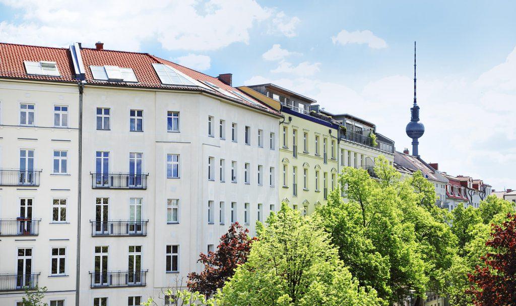 Beratung zum Immobilienrecht für Hausverwaltungen durch die Immobilienanwältin (C) Adobe / Friedberg
